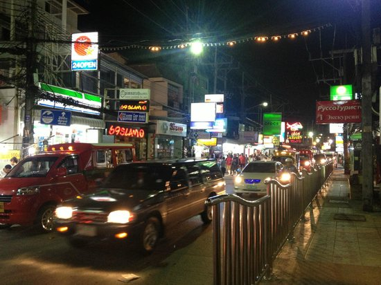 Andaman Embrace Patong: Patong area at night