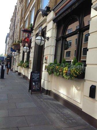 Chamberlain Hotel: Street View