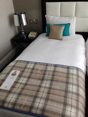 Chamberlain Hotel: Bed