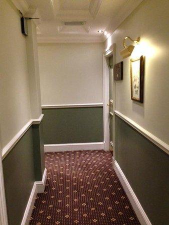 Chamberlain Hotel: Hallway