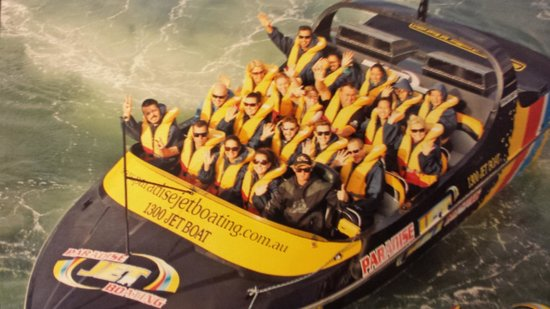 Paradise Jet Boating: Fantastic ride! With Dan as our jet pilot, it was so much fun!