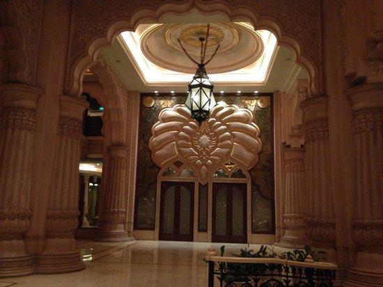 The Leela Palace Bengaluru : Open and spacious