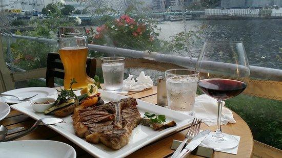 T.Y.Harbor: Steak, vegetables, beer, wine and a view.