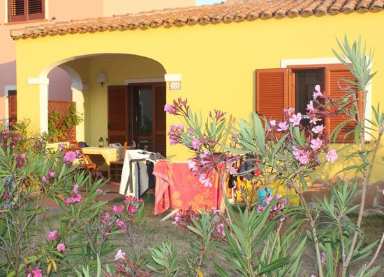 Vignola, Italia: esterno con patio