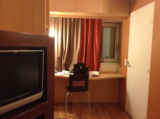 Ibis Paris CDG Airport : номер