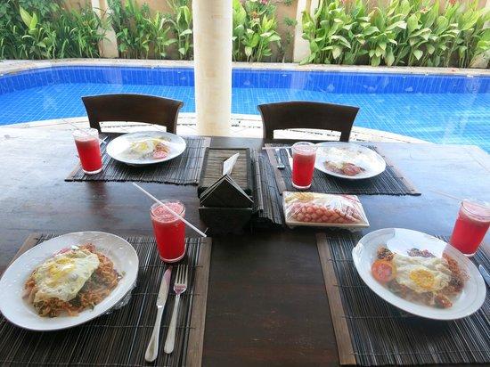 Bali Diamond Villas : Breakfast