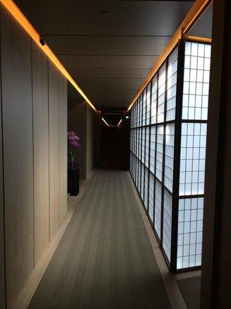 Hotel Cafe Royal: Aisle