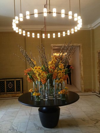 Hotel Cafe Royal: Lobby area