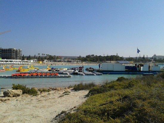 Nissi Watersports: Unreel jetskis