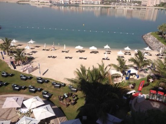 Traders Hotel, Qaryat Al Beri, Abu Dhabi : room with aview