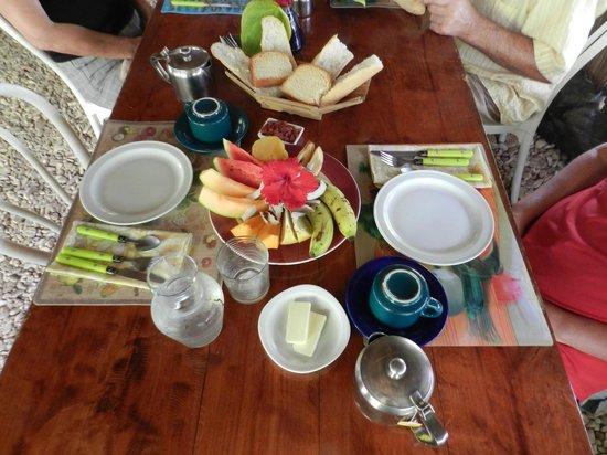 Pension Tupuna: petit déjeuner