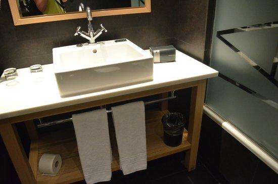 Hotel Jazz : Bathroom