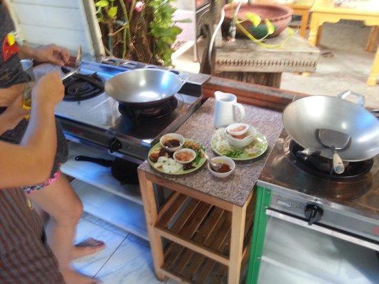 Smart Cook Thai Cookery School : Con las manos en la masa