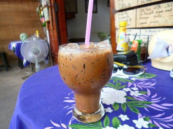 Kungs Cafe: The killer Lao Coffee
