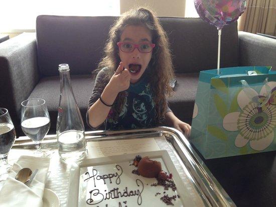 Sofitel Chicago Magnificent Mile : Enjoying Her Birthday Treats!!