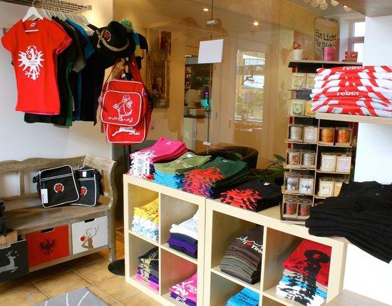 Pension Seelos: Shop