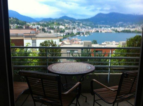 Suitenhotel Parco Paradiso: Vista lago dalla suite