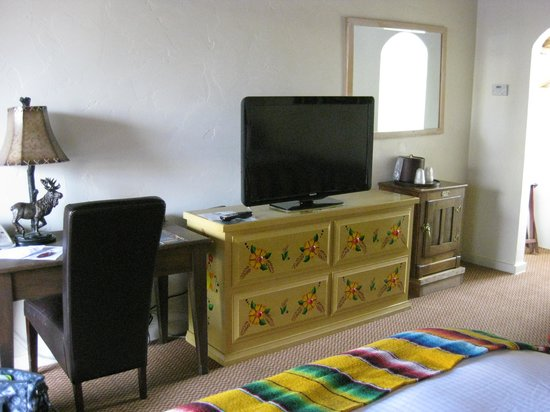 El Pueblo Lodge: Schreibtisch