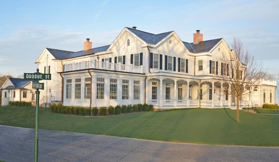 The Quogue Club: east view