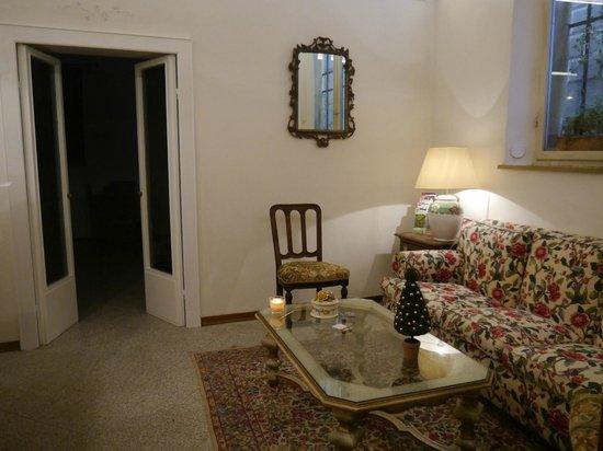 Hotel Tre Donzelle: salotto
