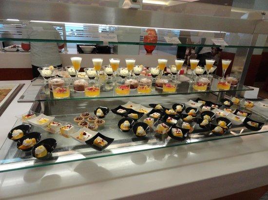 SENTIDO Playa del Moro: desserts