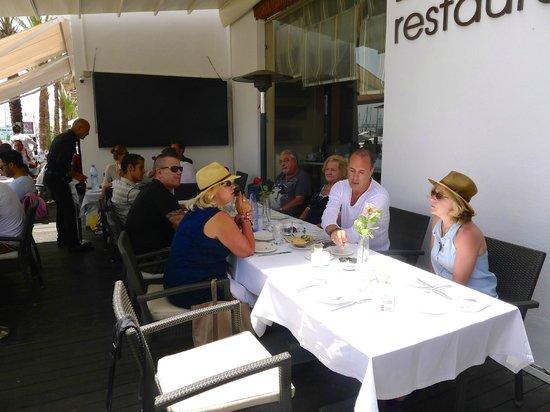 Restaurant Le Quai : Sur la terrasse