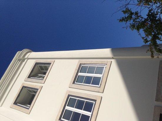 Memmo Alfama Hotel : Front facade