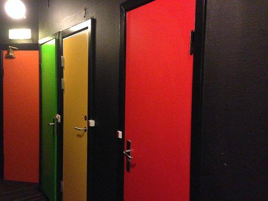 Annex Copenhagen: 衛浴門口