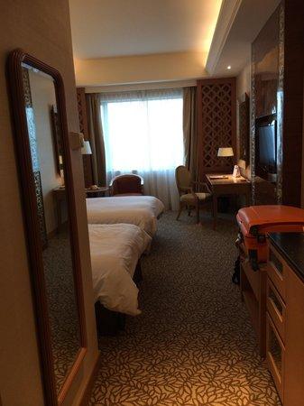 Sedona Hotel Yangon, Myanmar : View of the room as you enter