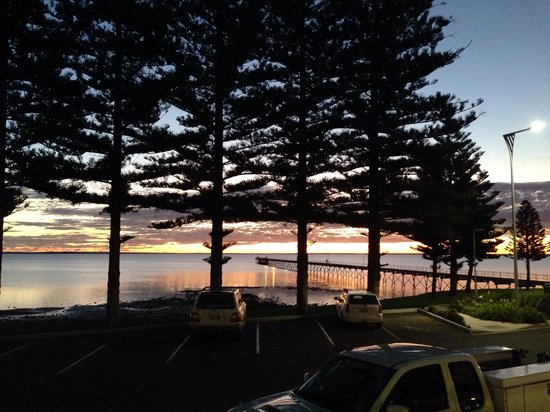 Ceduna Foreshore Hotel Motel : The view from the pub's restaurant