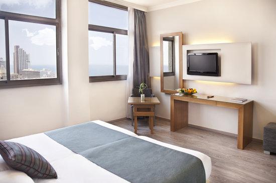 โรงแรมเดปโบร่าห์: Room with a view