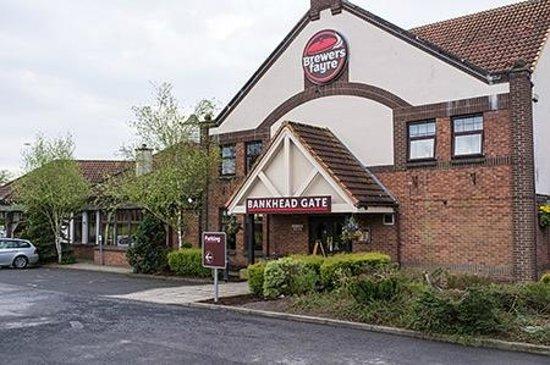 Premier Inn Glenrothes Hotel: Brewers Fayre next door