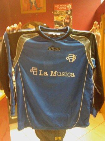 La Musica: ...