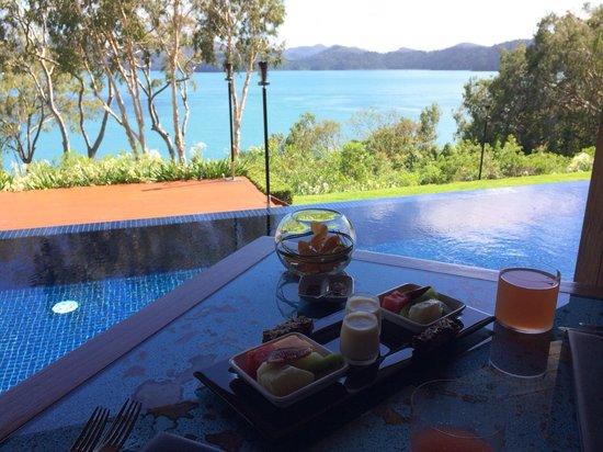 Qualia Resort: Breakfast view