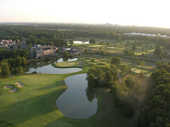 Hôtel Les Portes de Sologne : Domaine des Portes de Sologne + Golf