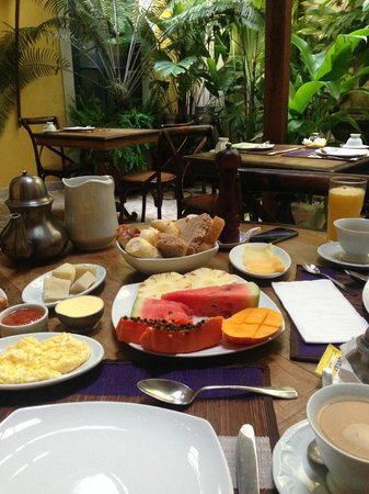 Villa Bahia : breakfast