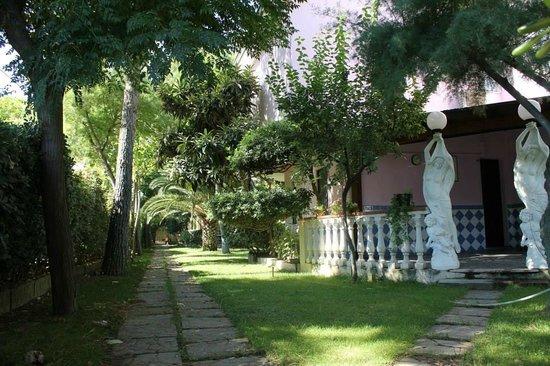 Pietrapaola, إيطاليا: Villa Rosa