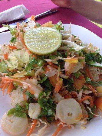 Le Chevalier Bay Restaurant: Insalatona con polipo