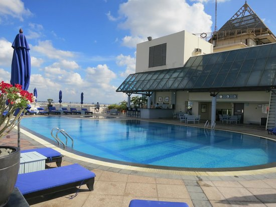 Sofitel Saigon Plaza : Pool
