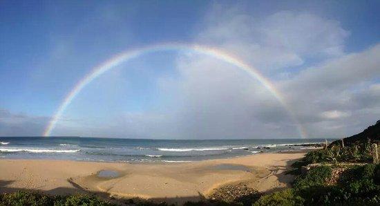 Jeffrey's Bay Beach House: Over the Rainbow