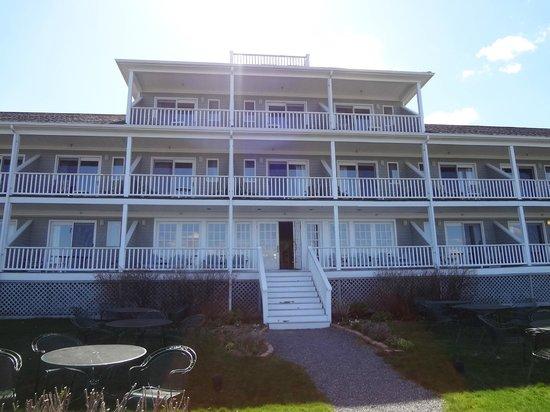 Bar Harbor Inn: Oceanfront lodge