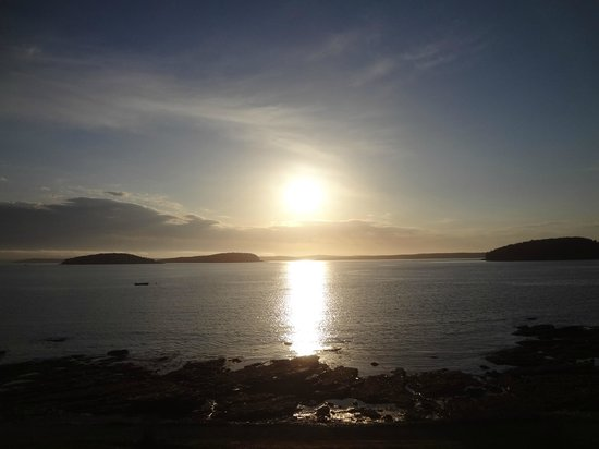 Bar Harbor Inn: Sunrise