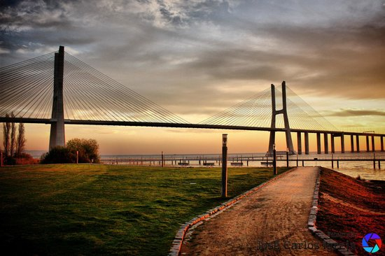 Vasco da Gama Bridge : Madrugada