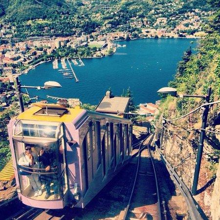 Funicolare Como-Brunate : view from funicular