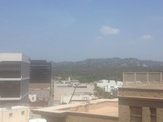 Beverly Wilshire Beverly Hills (A Four Seasons Hotel): Lovely view