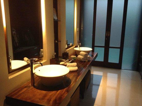 The Kayana Bali: La double vasque