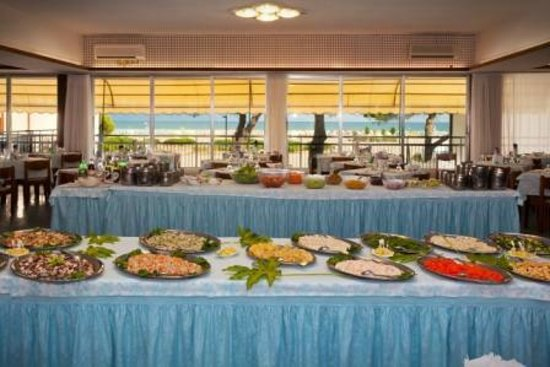 Marina Hotel: Cena a Buffet