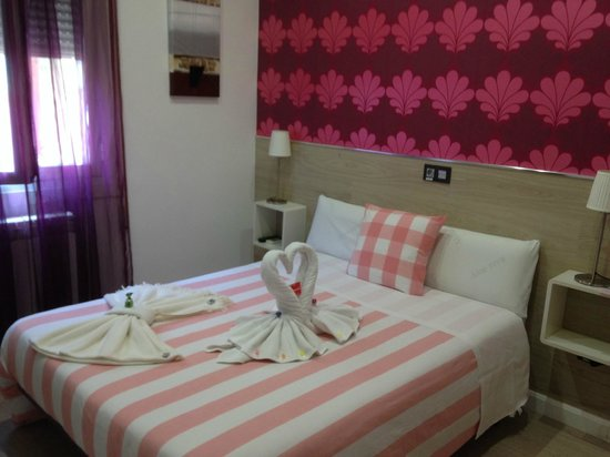 Hostal Madrid Inn: Letto - Bed