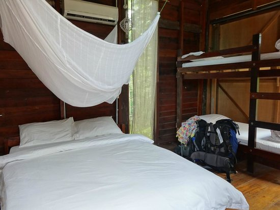 Paganakan Dii Tropical Retreat: inside the room