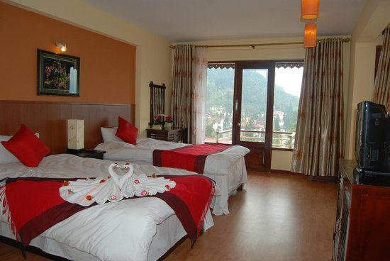 Sapa Elegance Hotel: Deluxe twin room with mountian view